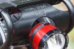 SON Edelux II in Kombination mit Racktmime TopiT EVO Gepäckträger vorne