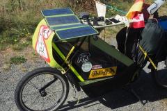 Goal Zero Nomad 28 Plus Solarpanel auf unserem Trailer